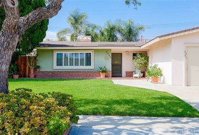 2443 Littleton Place Costa Mesa CA 92626