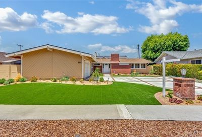 3211 Walker Lee Drive Rossmoor CA 90720
