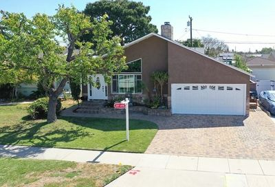 3826 Mcnab Avenue Long Beach CA 90808