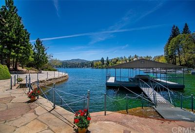 28641 North Shore Road Lake Arrowhead CA 92352