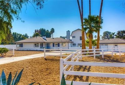 1542 Se Skyline Drive North Tustin CA 92705