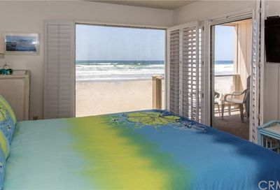 3755 Ocean Front Walk $1200/Week Rate Pacific Beach (San Diego) CA 92109