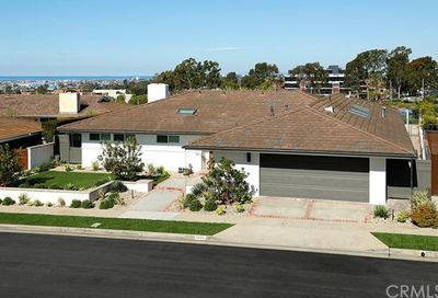 1221 Surfline Way Corona Del Mar CA 92625