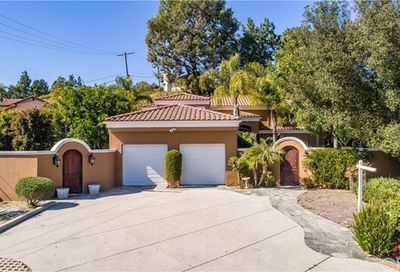 1336 Sugar Loaf Drive La Canada Flintridge CA 91011
