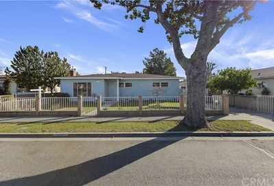 1110 E 71st Street Long Beach CA 90805