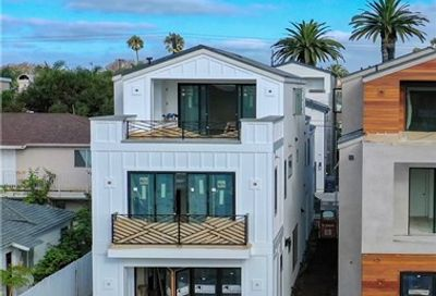 623 13th Street Huntington Beach CA 92648