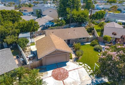 8902 Coral Circle Huntington Beach CA 92646