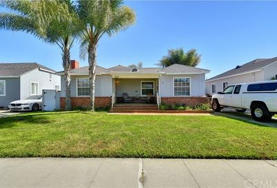 2270 Pepperwood Avenue Long Beach CA 90815