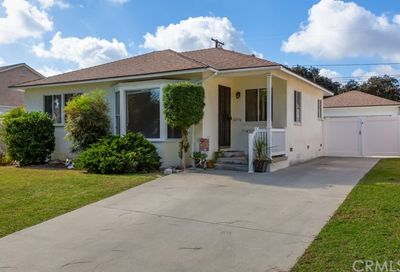 4759 Premiere Avenue Long Beach CA 90808