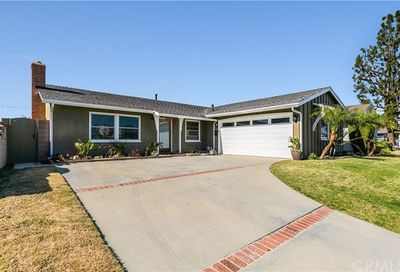 13351  Danvers Way Westminster CA 92683