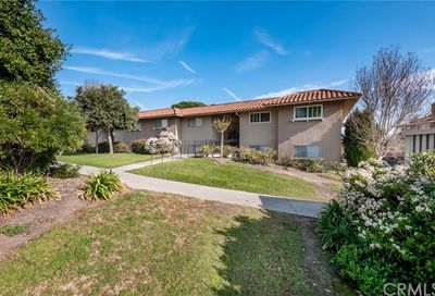 3033 Via Vista Laguna Woods CA 92637
