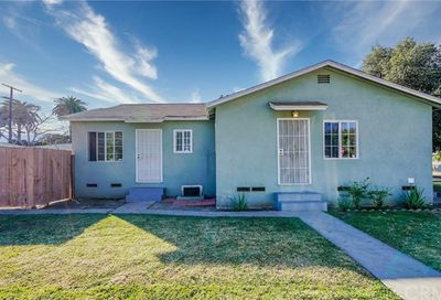 36 E 68th Street Long Beach CA 90805