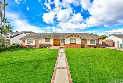 10039 Lesterford Avenue Downey CA 90240