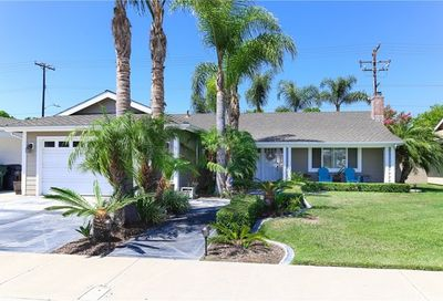 20681 Kelvin Lane Huntington Beach CA 92646