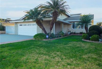 4533 Clubhouse Drive Lakewood CA 90712