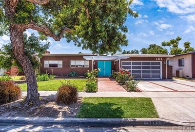 5868 E Deborah Street Long Beach CA 90815