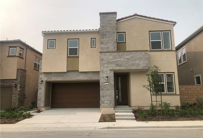 663 Athos Lake Forest CA 92630
