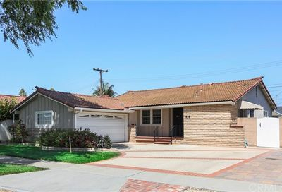 856 Kallin Avenue Long Beach CA 90815