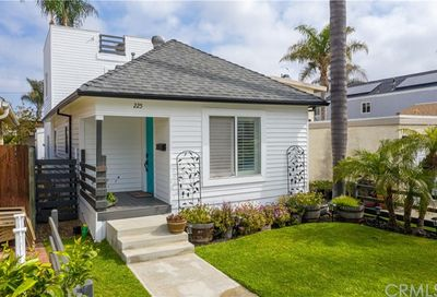 225 Elmira Avenue Huntington Beach CA 92648