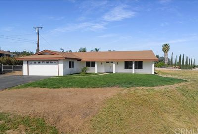 15501 Golden Star Avenue Riverside CA 92506