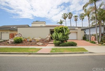 16871 Saybrook Lane Huntington Beach CA 92649
