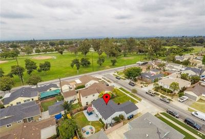 3939 Mcnab Avenue Long Beach CA 90808