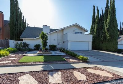 23031 Stearns Circle Lake Forest CA 92630