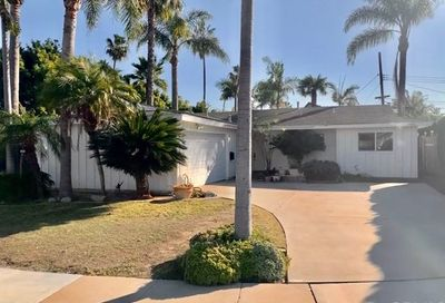 7602 Quebec Drive Huntington Beach CA 92648