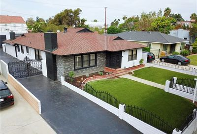 4029 Elm Avenue Long Beach CA 90807