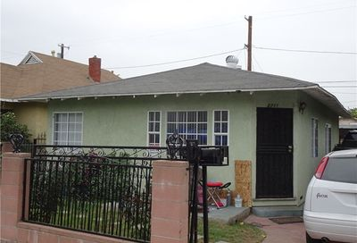 2711 Pepper Avenue Los Angeles CA 90065