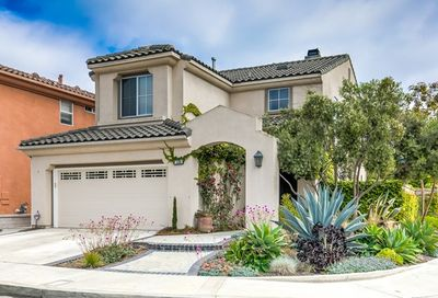 7104 Forest Glen Drive Huntington Beach CA 92648