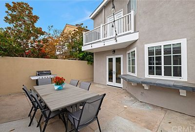 614 20th Street Huntington Beach CA 92648