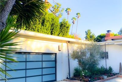 2016 Coldwater Canyon Drive Beverly Hills CA 90210