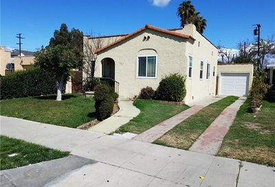 5722 Lewis Avenue Long Beach CA 90805