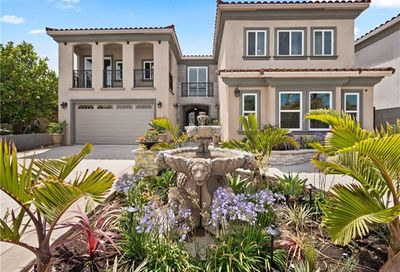 16742 Bolero Huntington Beach CA 92649
