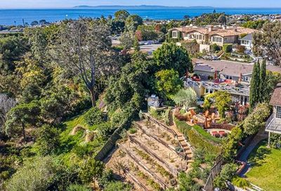 532 Seaward Road Corona Del Mar CA 92625