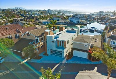 44 Balboa Coves Newport Beach CA 92663