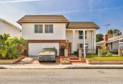 4196 Candleberry Avenue Seal Beach CA 90740