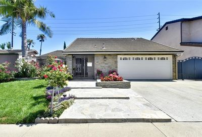 9388 Warbler Avenue Fountain Valley CA 92708