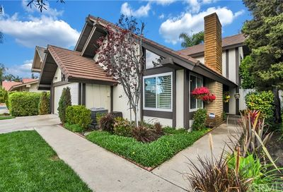 25631 Horse Shoe Lake Forest CA 92630