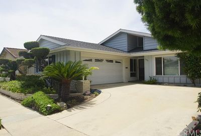 3025 Marna Avenue Long Beach CA 90808