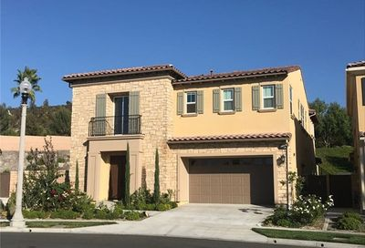 63 Pera Lake Forest CA 92630