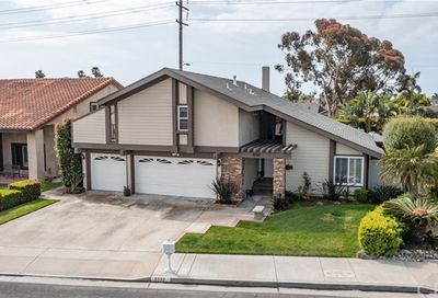 8352 Clarkdale Drive Huntington Beach CA 92646