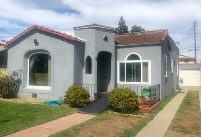 2426 Caspian Avenue Long Beach CA 90810