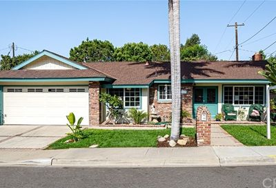 269 Brentwood Place Costa Mesa CA 92627