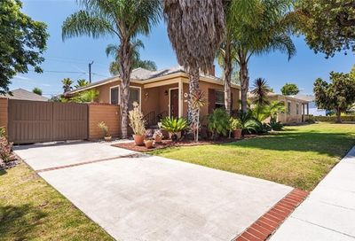 1423 Newport Avenue Long Beach CA 90804