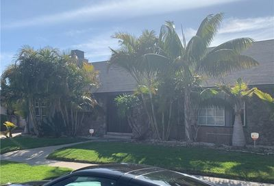 6025 S Holt Avenue Ladera Heights CA 90056