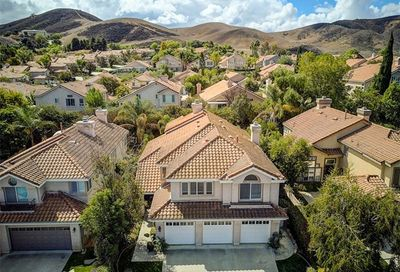720 Holbertson Court Simi Valley CA 93065
