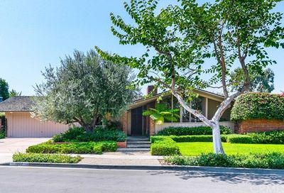 1737 Antigua Way Newport Beach CA 92660