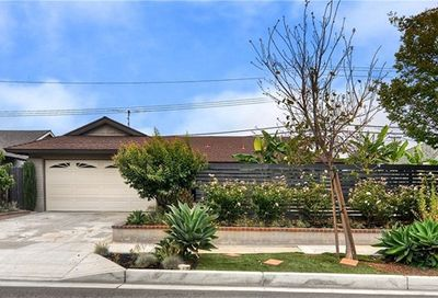 1074 Mission Drive Costa Mesa CA 92626